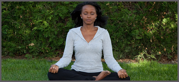 woman meditating jovanka ciares